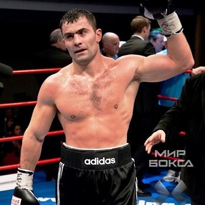 Рахим Чахкиев будет защищать свой чемпионский пояс от притязаний Дмитрия Кучера (1)