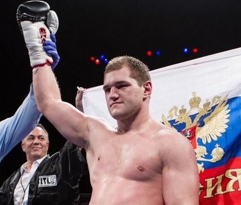 Андрей Федосов выходит в финал турнира Boxcino 2015 (1)