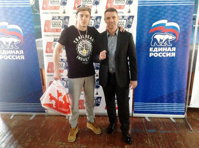 Чемпионат города по ММА успешно прошел в Севастополе! (1)