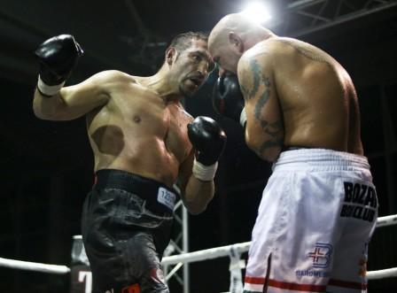 Фират Арслан с победой вернулся на ринг (2)