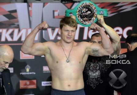 Александр Поветкин нокаутировал Майка Переса за полторы минуты (1)