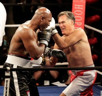 Экс-кандидат в президенты США Митт Ромни провел бой с Эвандером Холифилдом (3)