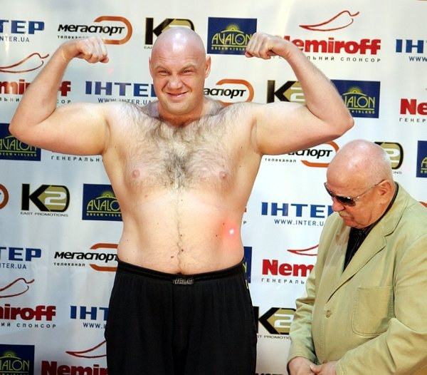 Данил Перетятько: Выйдите на ринг и покритикуйте боксеров там (1)