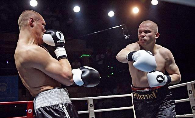 Константин Питернов нокаутировал Юрия Сотникова из Украины  (1)