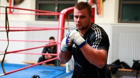 Врачи вывели Дениса Бойцова из состояния искусственной комы (1)