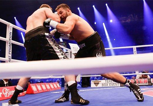 Руслан Чагаев уничтожил Пьянету в первом же раунде! (1)