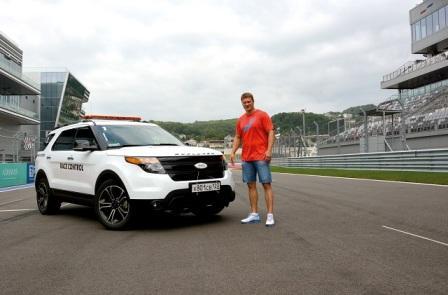 Александр Поветкин прокатился по трассе Формулы 1 (2)