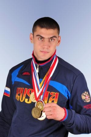 Евгений Тищенко в полуфинале чемпионата Европы по боксу (1)