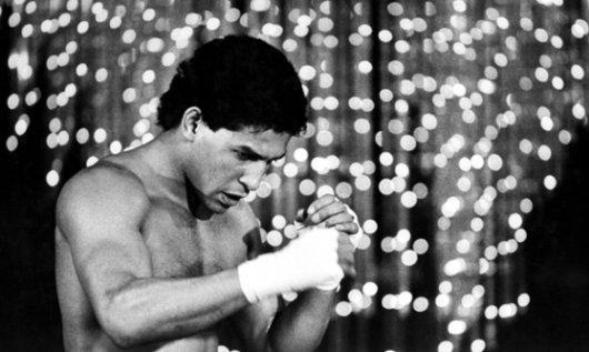 Бокс в этот день: Как Гектор Камачо защитил титул чемпиона Мира WBC (1)