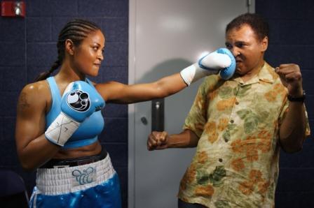 Лейла Али раскритиковала звезду UFC Ронду Роузи (3)