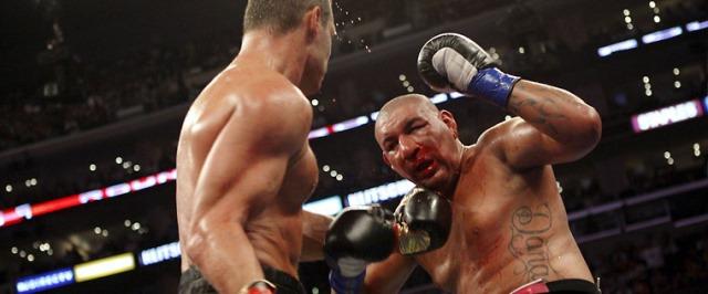 Бокс в этот день: Как Крис Арреола не смог победить Виталия Кличко (1)