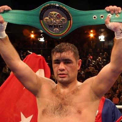 Ушел из жизни чемпион Европы Синан Самил Сам (1)