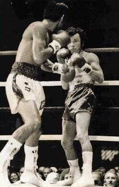 Бокс в этот день: Как Роберто Дюран нокаутировал странного претендента (1)