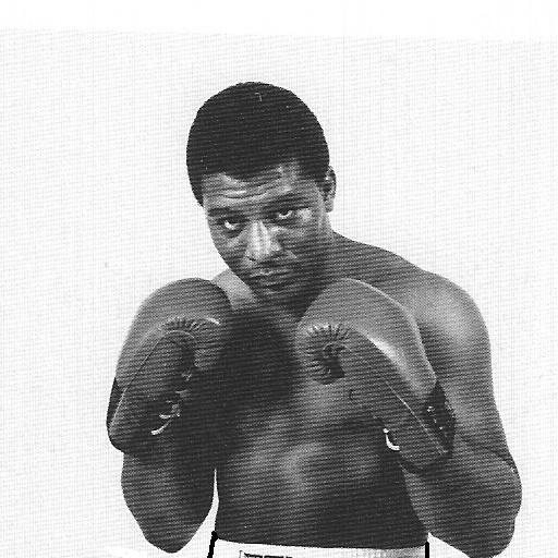 Бокс в этот день: Двойной нокдаун и нокаут в бою Мерфи - Мутти (1)