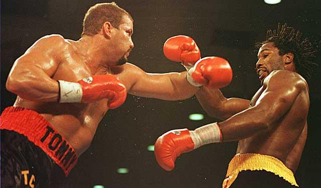 Бокс в этот день: Как Леннокс Льюис нокаутировал Томми Моррисона (2)
