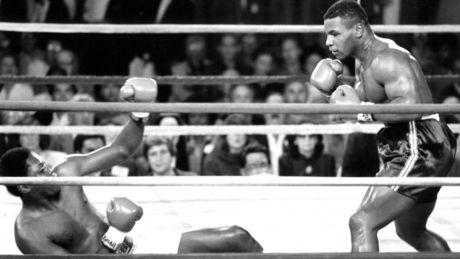 Бокс в этот день: Как 19-летний Тайсон нокаутировал Колэя за 37 секунд! (1)