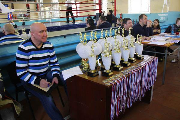 Ушел из жизни Александр Бубеннов, тренер Алексея Тищенко   (1)