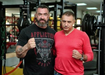 Сергей Бадюк победил по очкам Игоря Рязанцева (1)