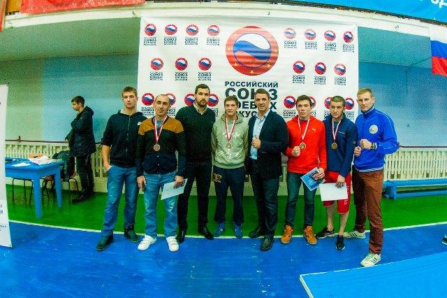 В Севастополе состоялся чемпионат по панкратиону (1)