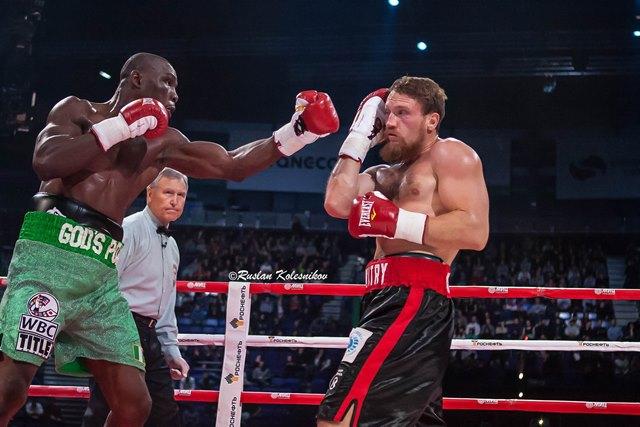 Оланреваджу Дуродола: Я победил с помощью кулаков, а не с помощью допинга (1)