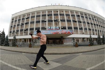 Мэр Краснодара вернул спортивный зал боксерам после боя с тенью на улице (1)