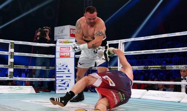 Майкл Молло уничтожил Кшиштофа Зимноха за две минуты (1)