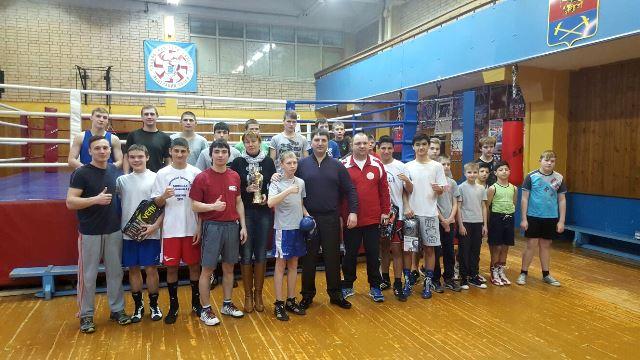 """Дети получили боксерскую экипировку в подарок от премии """"Звезда бокса"""" (3)"""