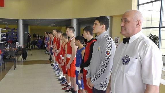 Видеорепортаж с боксерского турнира в Балашихе (1)
