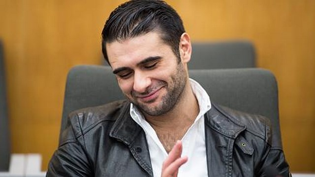 Мануэль Чарр простил на суде стрелявшего в него человека (2)