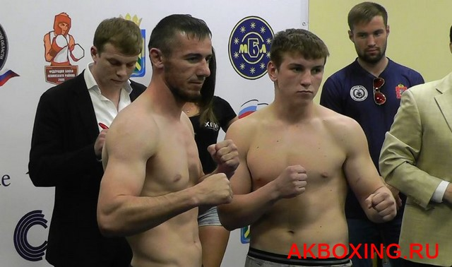 Боксеры-профессионалы взвесились в Видном (5)