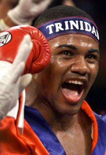 Бокс в этот день: Как Феликс Тринидад нокаутировал Фредди Пендлтона (1)