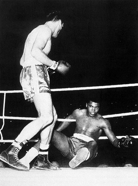 Как Мохаммед Али побывал в нокдауне, а затем жестоко избил Генри Купера (1)