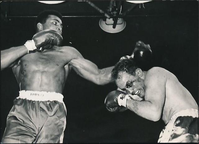 Cassius Clay vs Henry Cooper