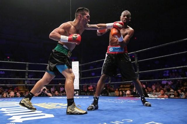 Денис Шафиков разобрался с капитаном Олимпийской сборной США по боксу (1)