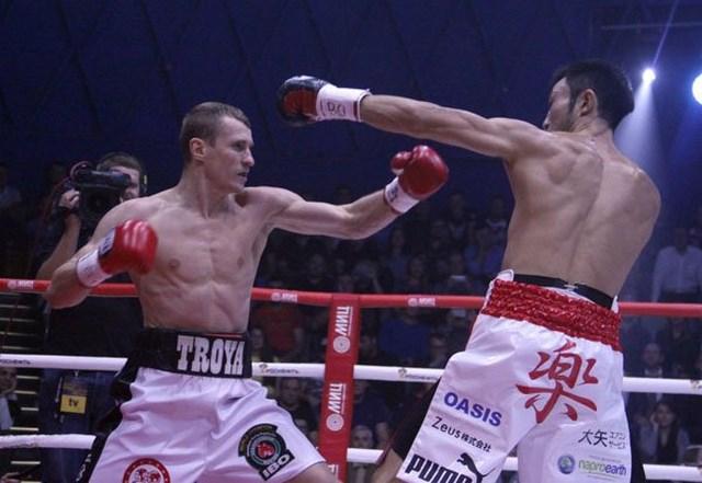 Эдуард Трояновский уничтожил Кейту Обару во втором раунде (1)