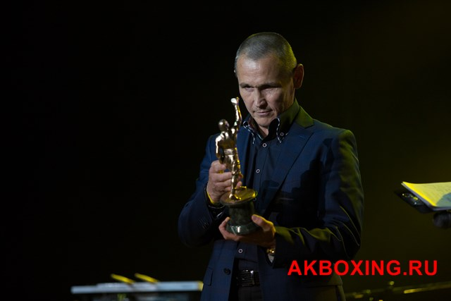 Чемпион мира Анатолий Александров в бою