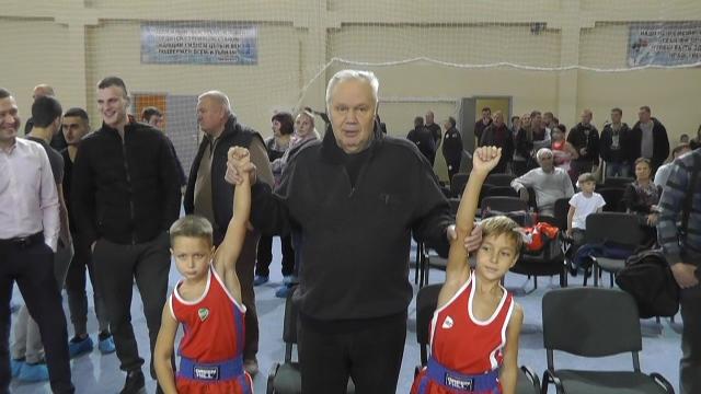 Школа бокса Виктора Агеева открылась в Истре (1)