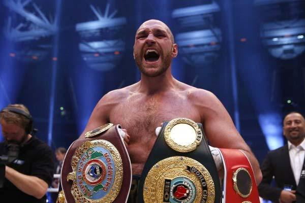 Тайсон Фьюри добровольно освободил чемпионские титулы WBO, WBA и IBO в супертяжелом весе (1)