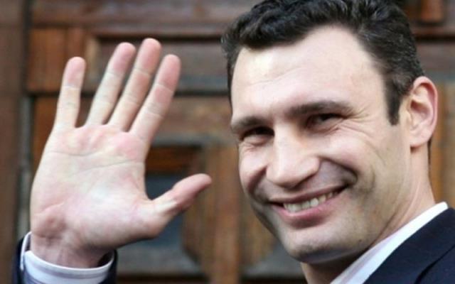 Кличко объявил, что возненавидел снег, стого времени как стал мэром