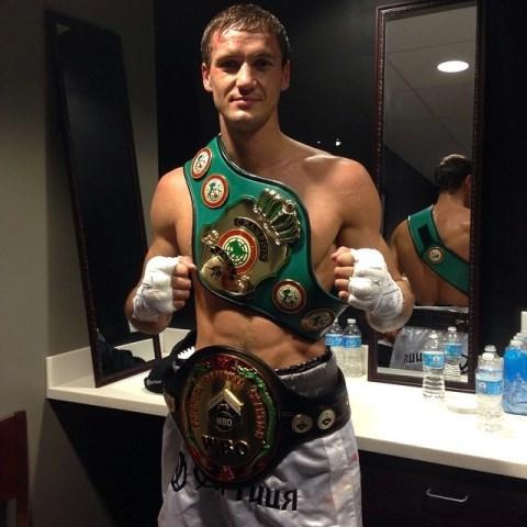 Василий Лепихин в трудном бою победил Марка Чимидова (1)