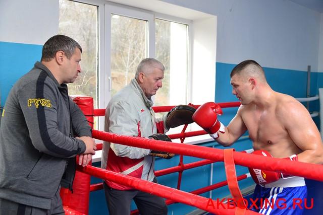 Евгений Романов и его тренер