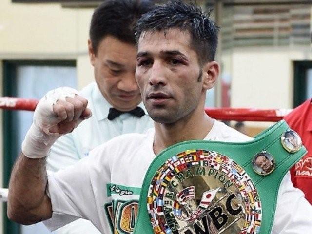 Пакистанское правительство помогло серебряному чемпиону WBC в наилегчайшем весе Мохаммеду Васиму (1)