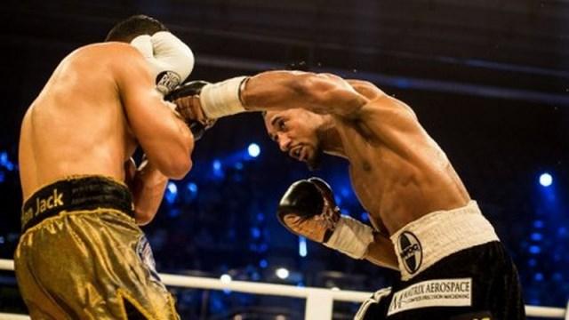 Деметриус Андраде отобрал чемпионский пояс у Джека Калькая  (1)