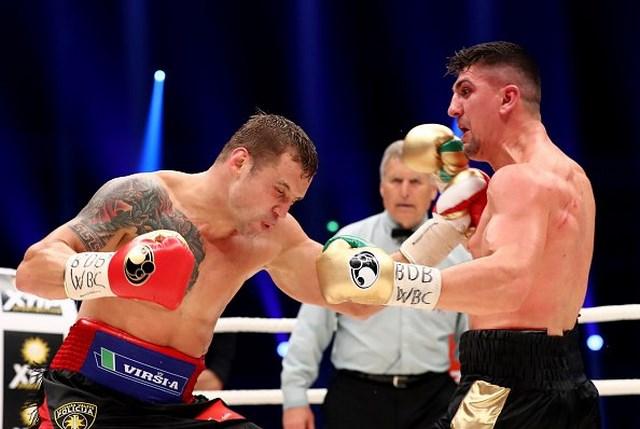 Майрис Бриедис победил по очкам Марко Хука и стал чемпионом Мира WBC (1)