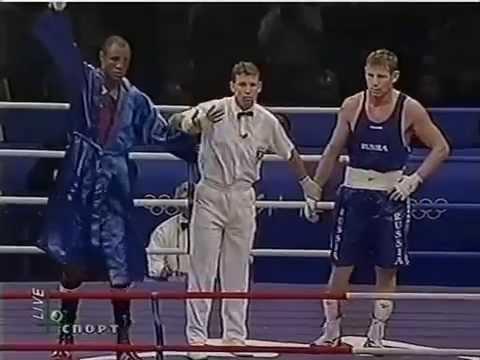 Пьедестал бокса: Султан Ибрагимов (4)